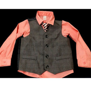 Boy's 5T/NP5 Dress Shirt with Vest & Tie by George